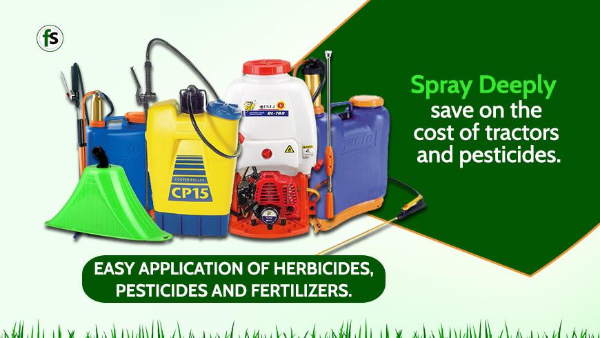 Spray-with-knapsack-sprayer-deeply